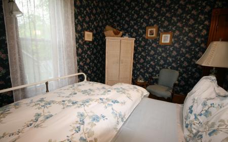 Bed and wardrobe