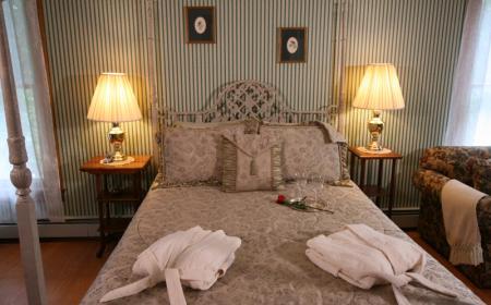 Queen bed and robes